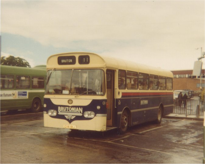 AEC Reliance at Yeovil (CD 18)